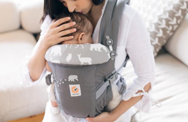 エルゴベビー抱っこ紐ADAPT(アダプト)は新生児からインファントインサートなしで抱っこできる