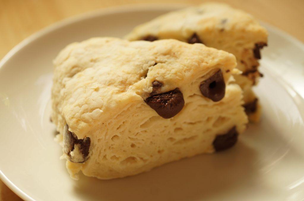 乳製品・卵不使用だから簡単。ココナッツオイルを使ったスタバ風さくふわスコーンの作り方