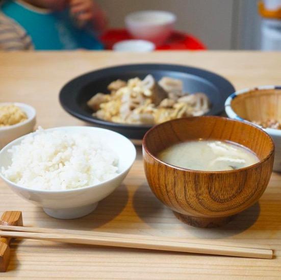 マクロビオティックな日々ごはん(玄米、分づきご飯、味噌汁、納豆、漬物とおかずな毎日)
