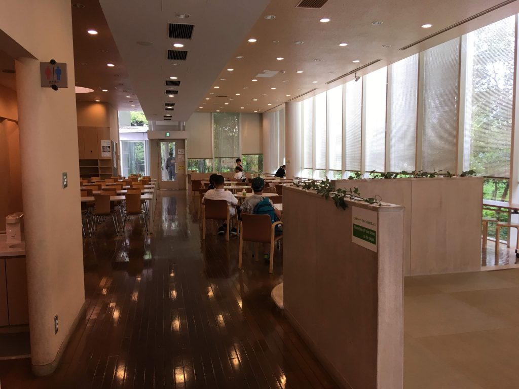 多摩六都科学館の休憩室