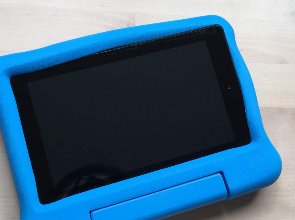 【実録】Fire7タブレット(キッズモデル)の容量が足りなくなってきたので、SDカードで大容量にバージョンアップさせました